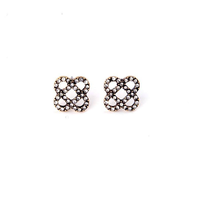Retro Fashon Jewelry New Small Alloy Hollow Out Flowers Stud Earrings for Women EH067